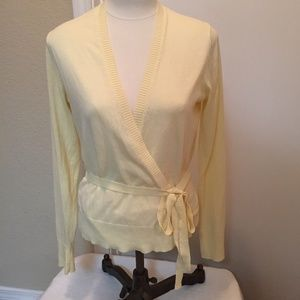 Gap light yellow wrap sweater